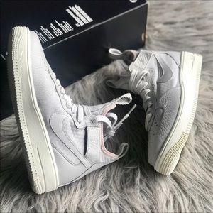 Nike Air Force 1 UltraForce Mid Women's size 6